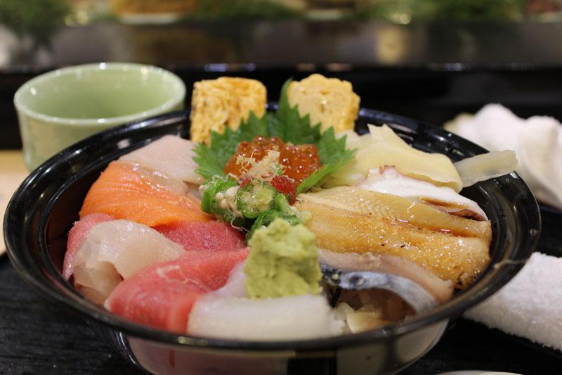 bowl of chirashizushi fish and seafood