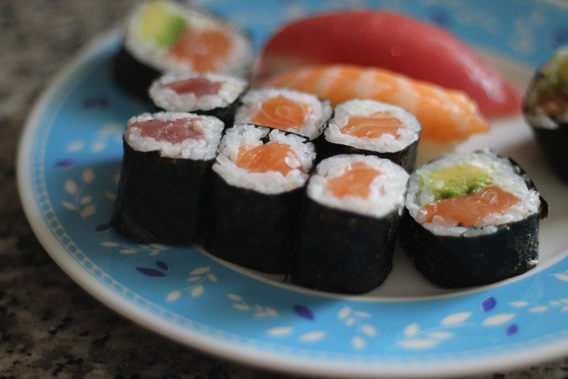 hosomaki sushi pieces