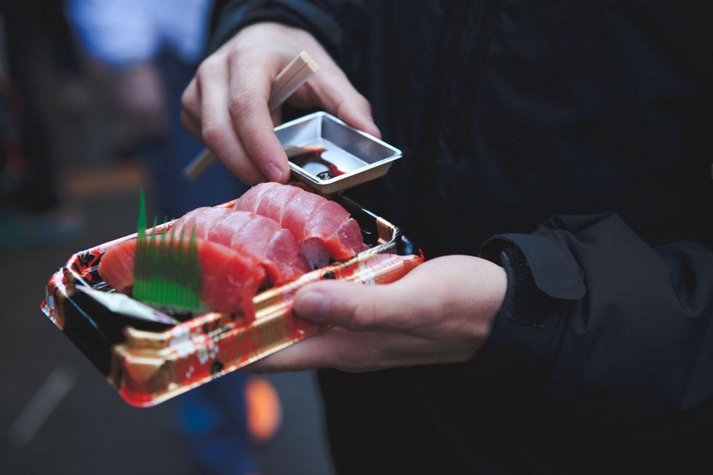 takeaway sashimi fish pieces