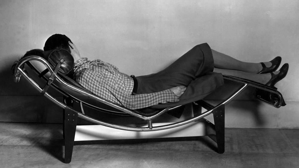 charlotte perriand chair