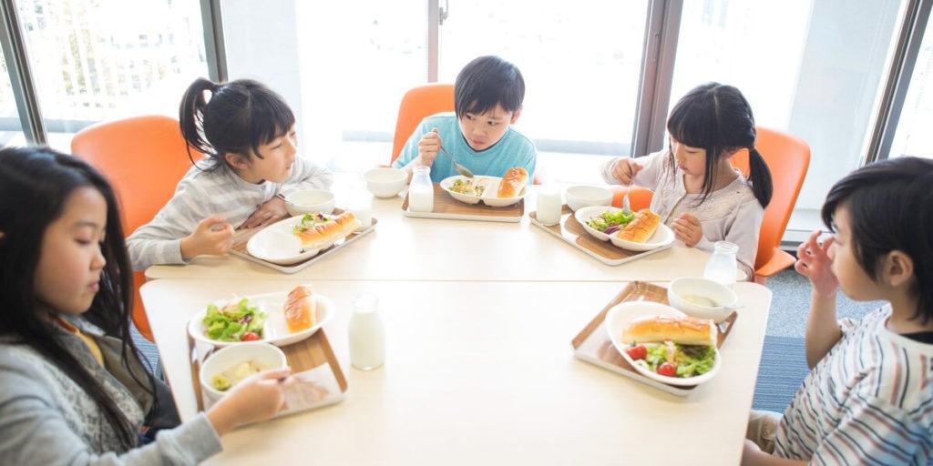 https://www.studyinternational.com/news/schools-japans-healthy-school-lunches/
