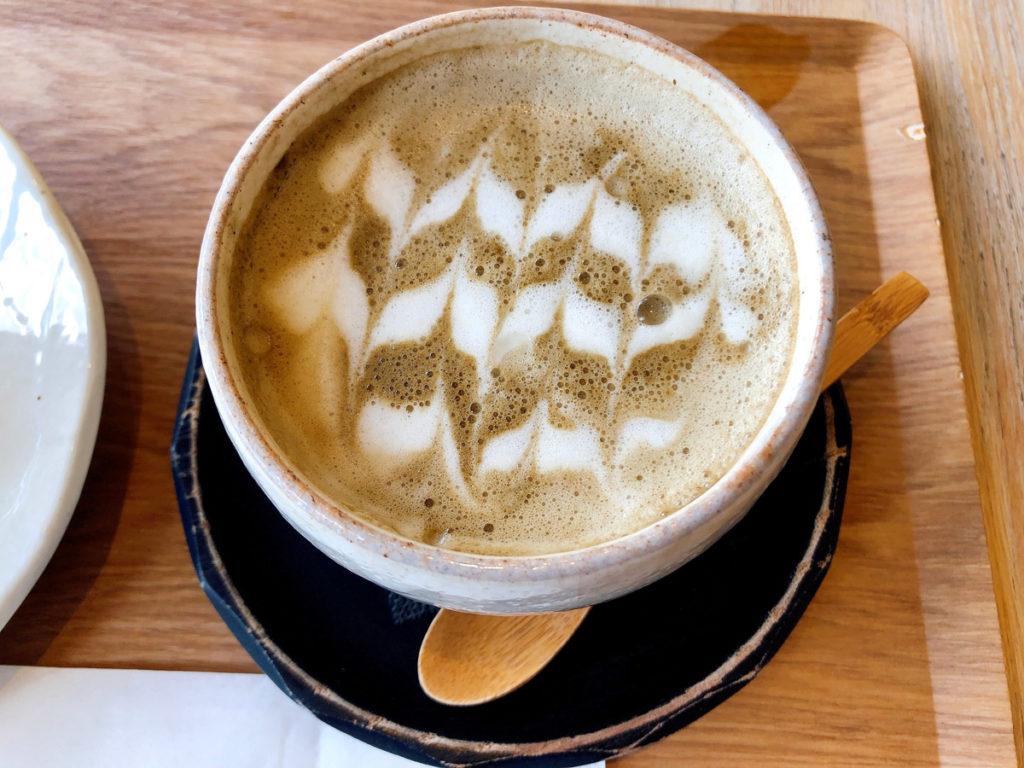 hojicha latte at WA Cafe